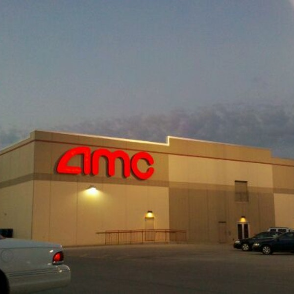 AMC Showplace 12