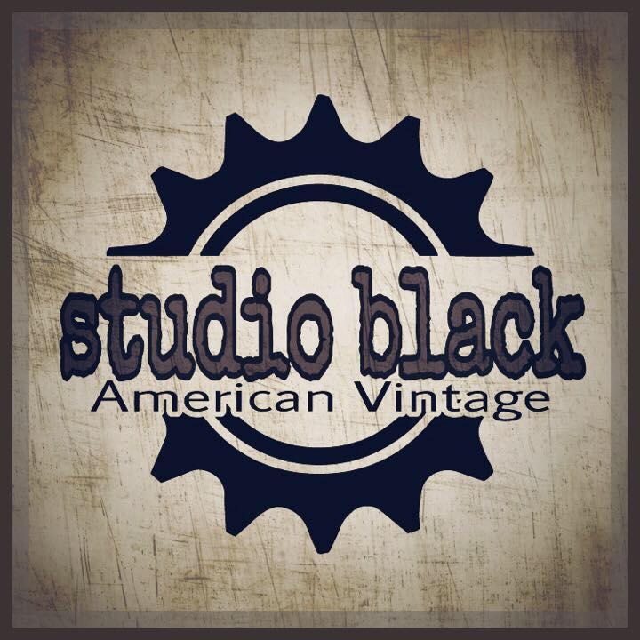 Studio Black – American Vintage