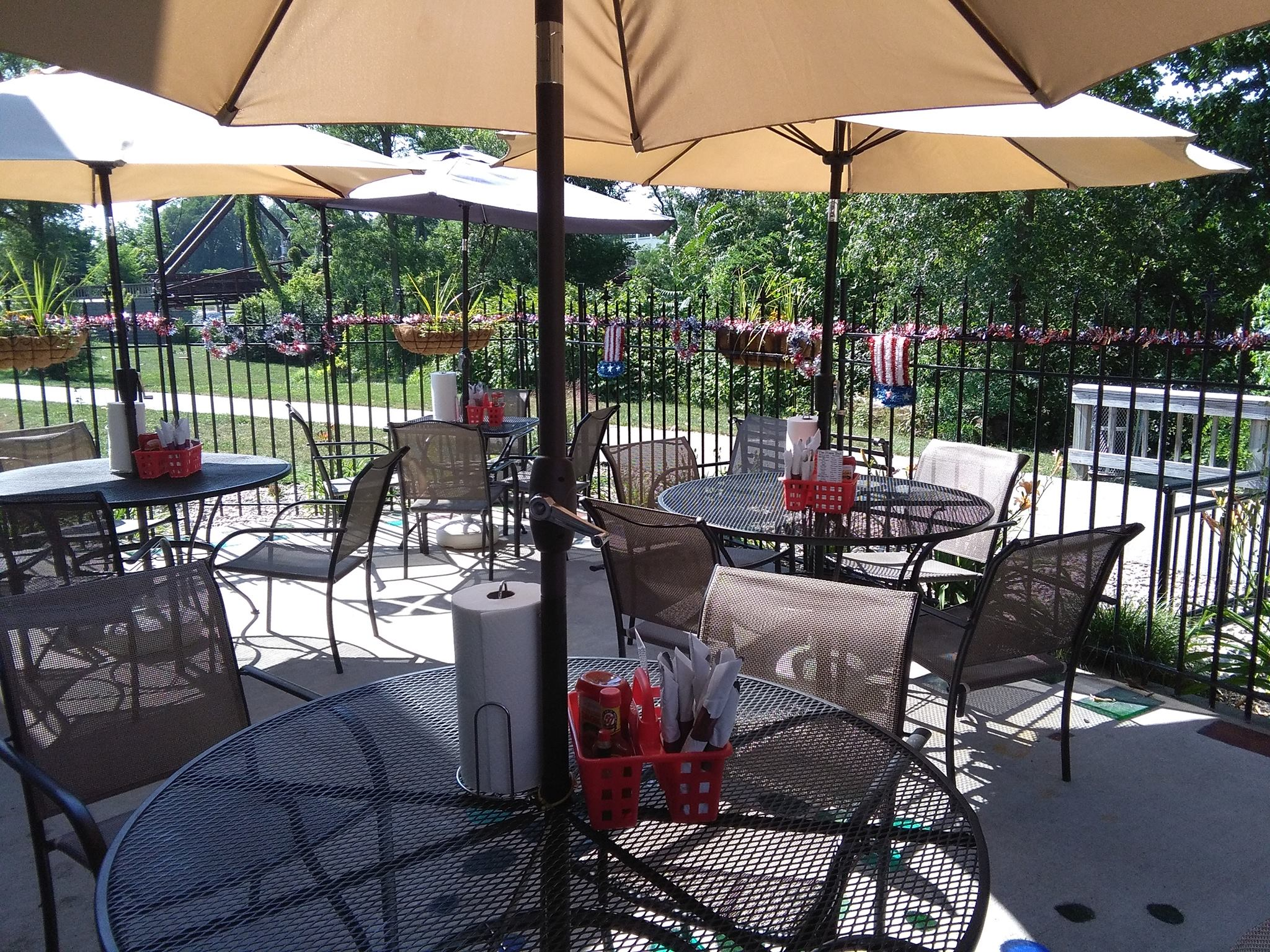 Foxes Trail patio seating