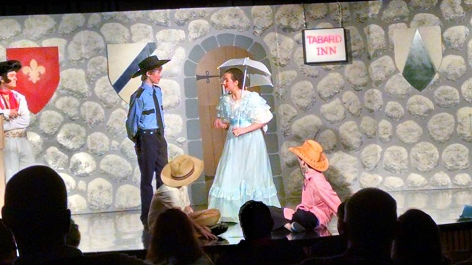 Curtain Call Children's Theatre