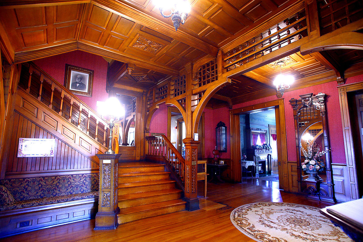 Seiberling Mansion interior